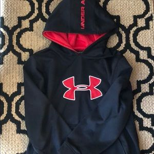🖤Youth XL Under Armour Hoodie❤️